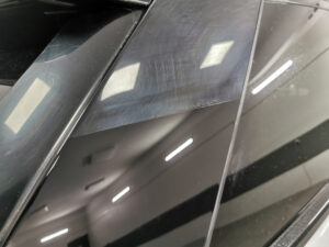 Korekta lakieru Range Rover 50/50